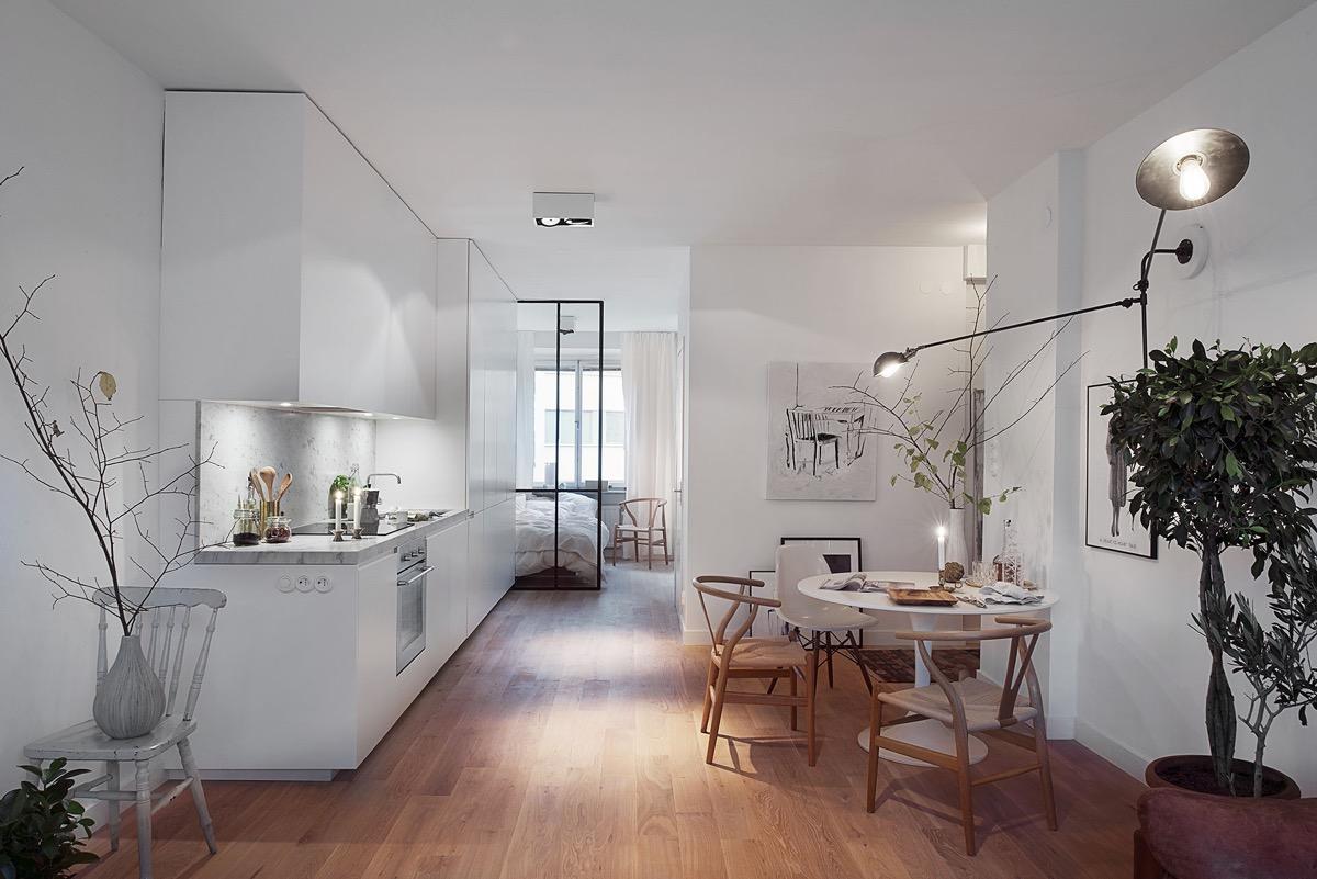 现代简约的风格,客厅侧重于点、线、面的灵活运用,把整个环平境营造出家的温馨。用极简的线条勾勒出最具灵