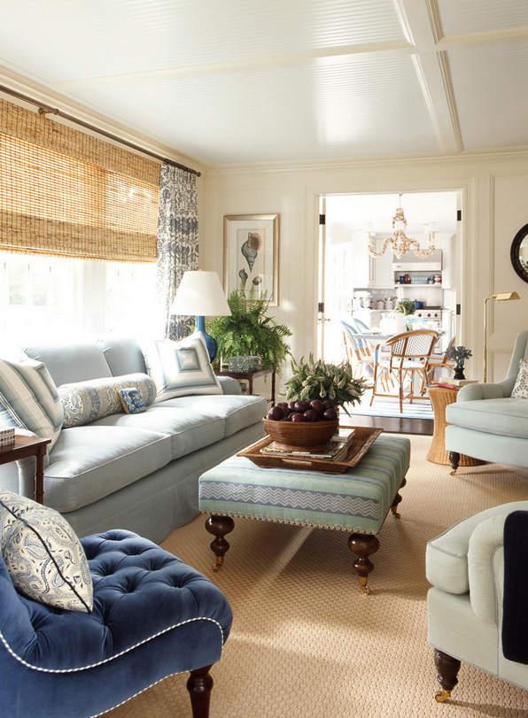 灰蓝色调的沙发,非常清新。