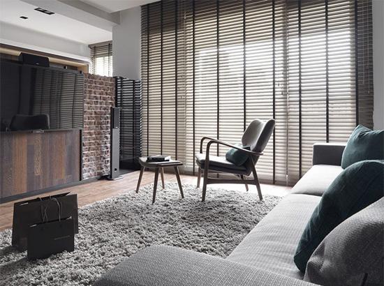 风格上以屋主期待的老美式作为基底,调入了些许工业感以及北欧元素适度点缀。