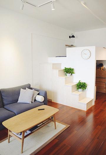 只有3米高的楼层,慌慌还是打造出了一个小小的loft,用来做卧室再合适不过。