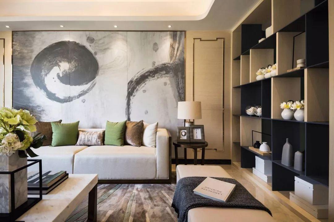 典雅新中式风格别具一格,茶元素继续沿用到餐桌上木质的餐具,使得用餐时光更加淳朴自然。