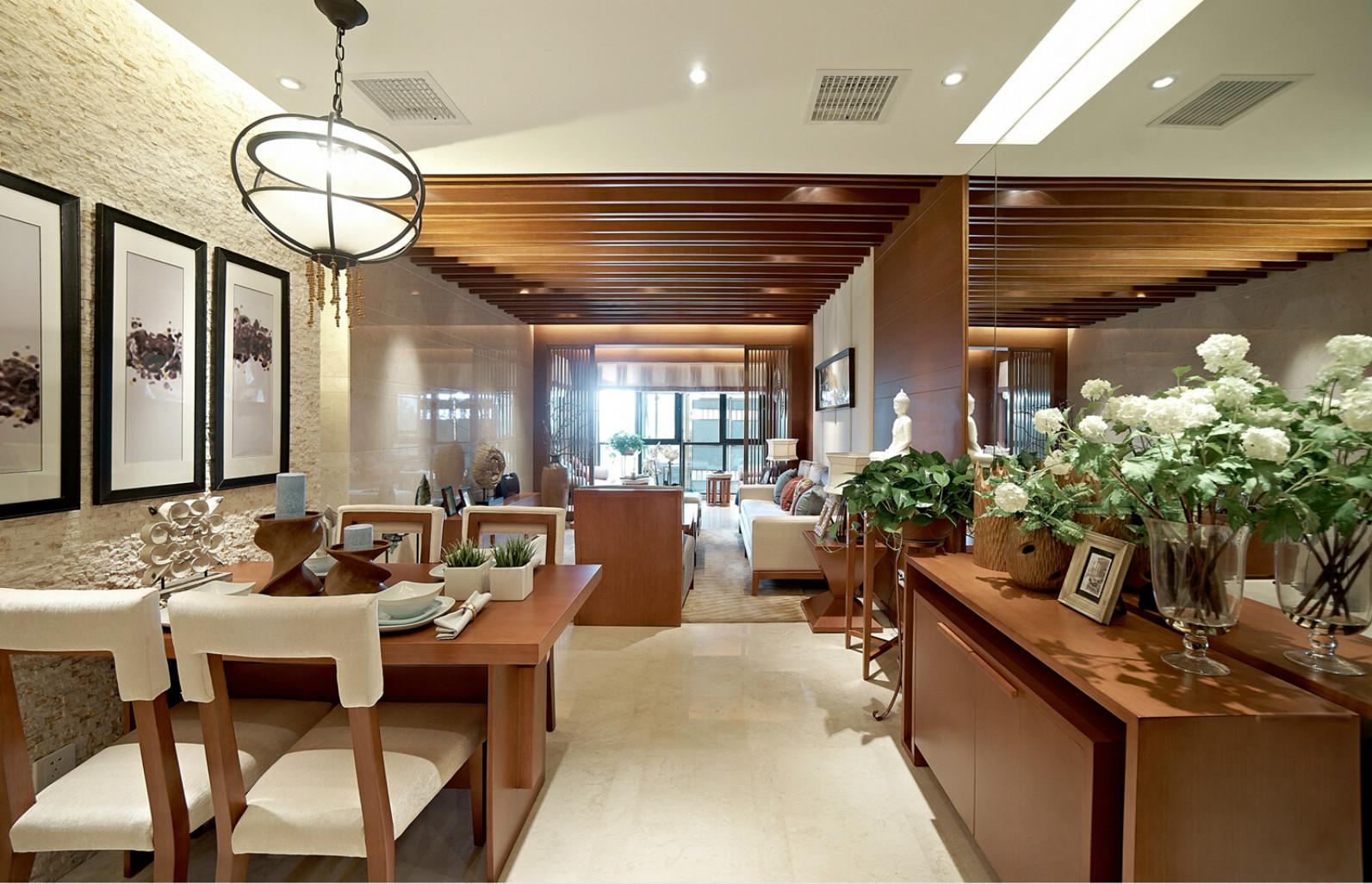 餐厅自然紧密融合的特性,就决定了木材的重要性。
