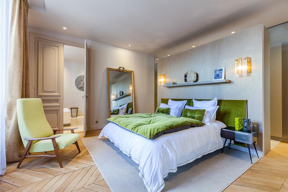 次卧室以绿色为主,环保清爽的颜色,更好的入睡,整体清爽干净