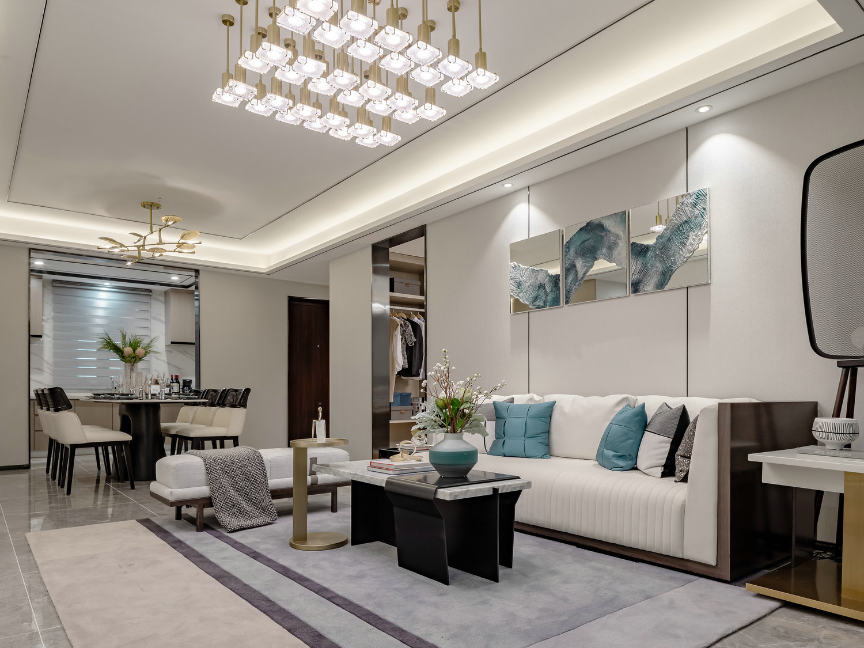 客厅里地面上铺的带有大理石纹理的地砖,不仅显得大气有质感,还显得整个空间都明亮宽敞。
