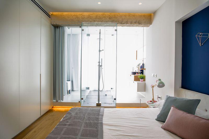 卧室给人的感觉很柔和,米色、藕粉色、薄荷色营造清新淡雅的氛围。