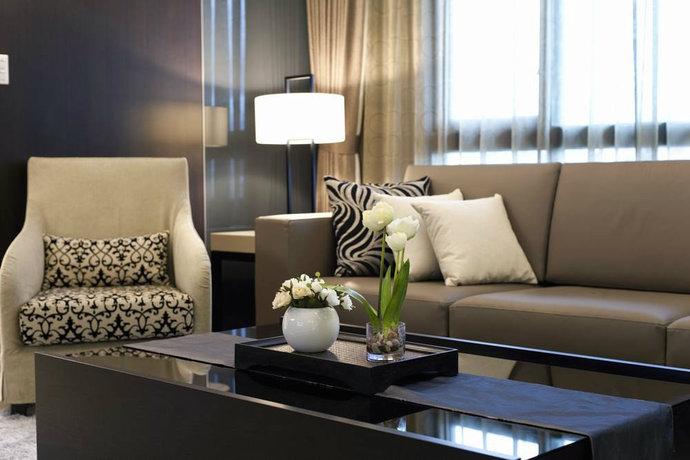 屋内的软件搭配皆为设计师陪着屋主跑遍各大家具行精挑细选,一同打造温馨合适的生活美学。