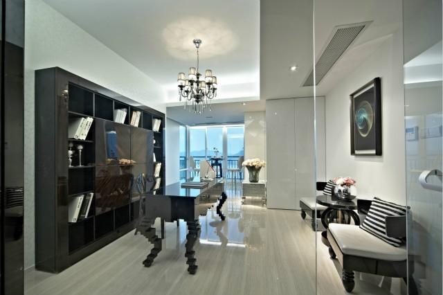 实用与美观相结合是意大利设计风格的特点,这种华丽典雅的风格时尚,让家居设计显得奢华别致。
