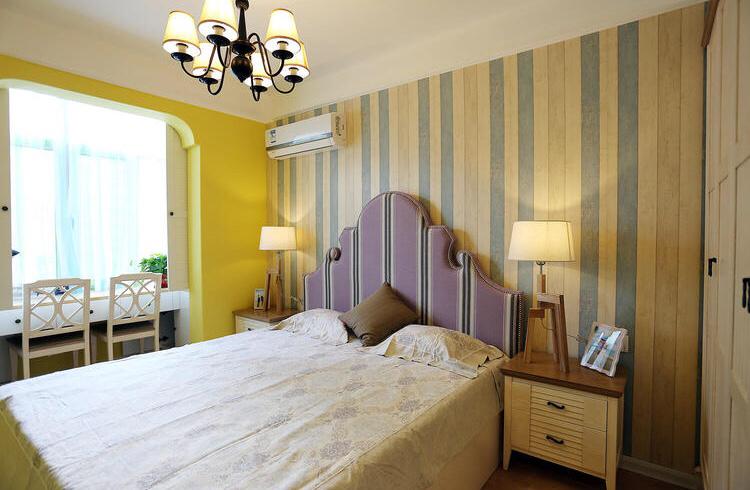 主卧室以暖色为主,整个以黄色系为主,温暖不是格调