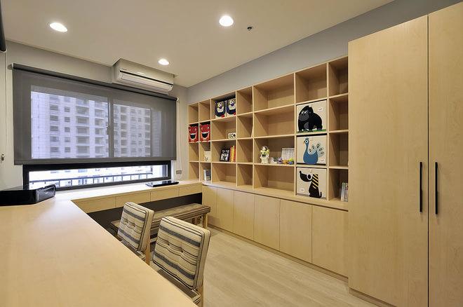 全屋大部分采用一体式柜体,整体性很高。