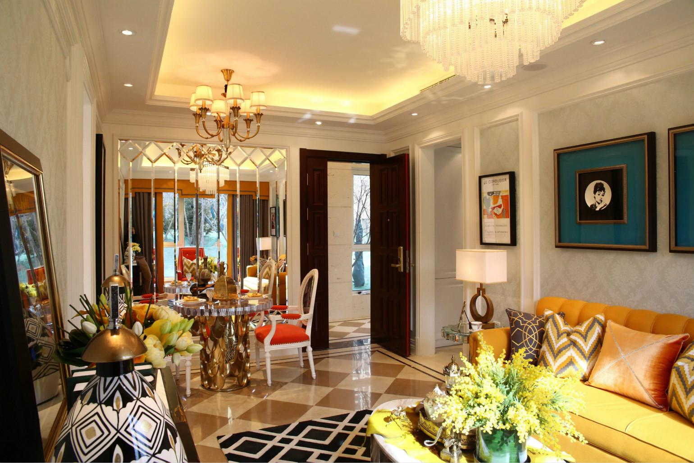 将各个元素、色彩、照明、原材料简化到最小的程度,对于家装内的色彩和材料的质感要求很高