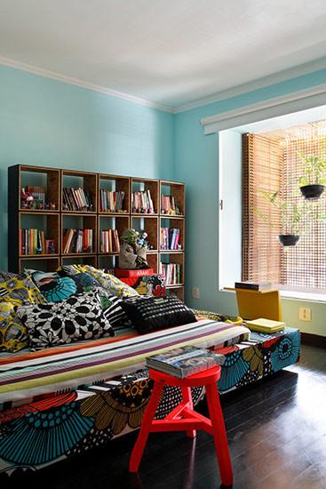 设计家具能提升空间的质感,避免单一和沉闷。