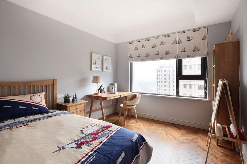 儿童房清新活泼,符合小孩子的个性发展,原木色更是让空间看起来更加干净整洁。