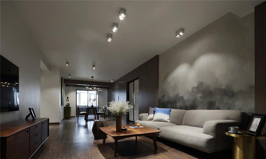 走进这个空间住宅,借由意境更迭展开的空间层次,化解空间狭长的局限,仿佛进入一个艺术画廊。