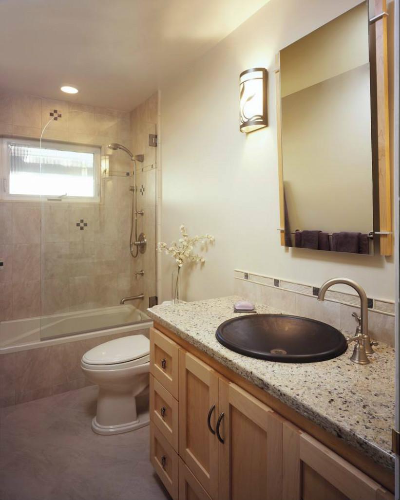 卫生间也是大气的感觉,整体十分搭调,展现出完美而自然的大气氛围。
