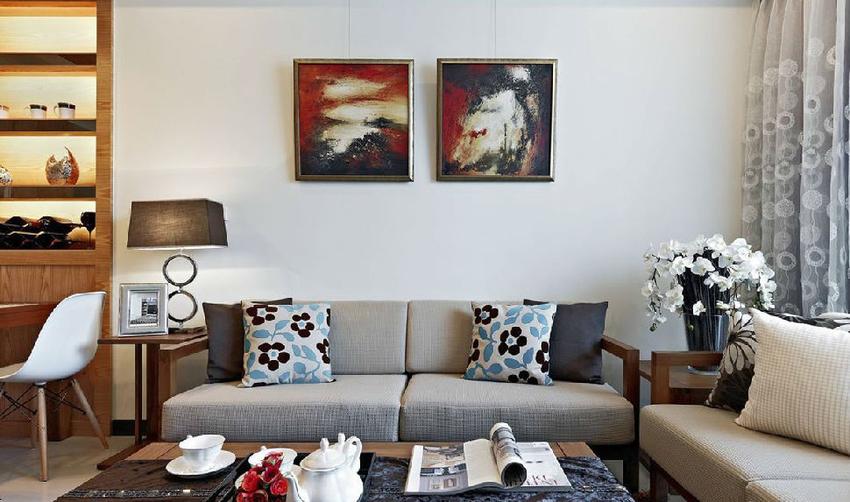 通过挂轴的贴心安排,让屋主能跟着心境变化随意更换画作。