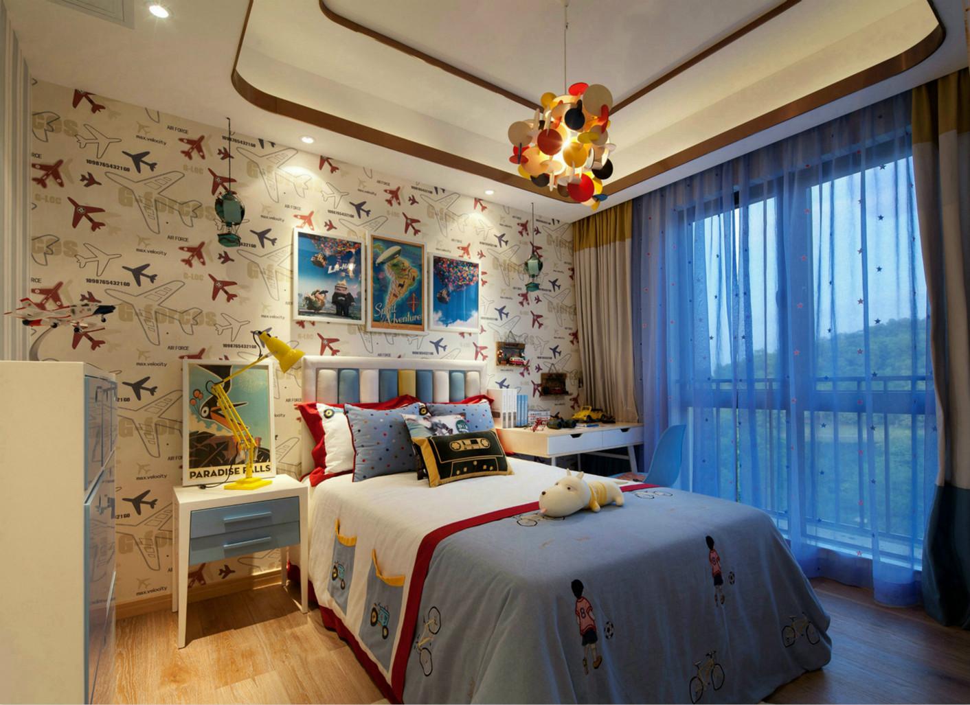 儿童房也是重头戏,特意买了成品家具,满足孩子不同年龄段的需求。