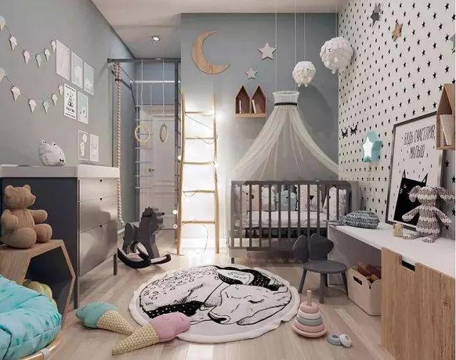 低矮家具的添置,能够帮助小朋友从小养成自律的好习惯。