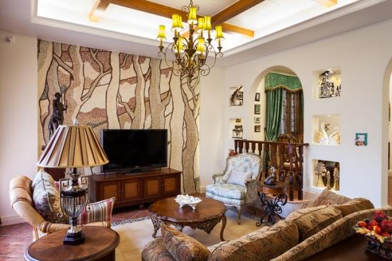 放眼客厅拱形垭口的设计着实抓人眼球,为空间增添了几抹优雅和浪漫的格调。