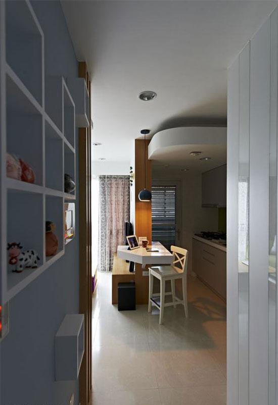 简易餐桌,在满足用餐需求之余,也可以当成上网或阅读的休闲空间。