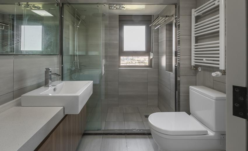 干湿分离的卫浴设计,让卫生间内外都有独立洗手台,便于一家人使用,也让自由北欧更为舒适自在。