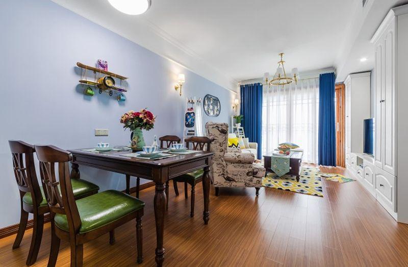 房子整体紧凑通透,餐厅与客厅高度一体化,配色上第一反应一定想不到是美式风格,相比更加明亮,清新。