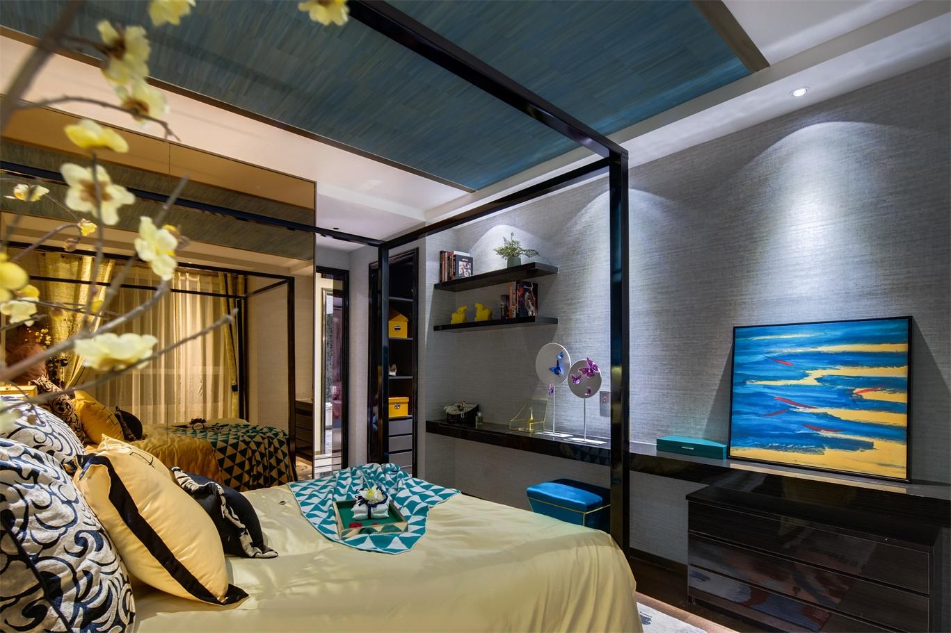 卧室设计传承了中式文化精髓,衬托出主人的品味与格调,打造出具有中式贵族气质的家装氛围。