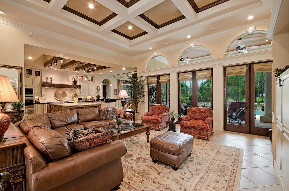 客厅家具布置与空间密切配合,繁琐的附加装饰,使质和神韵