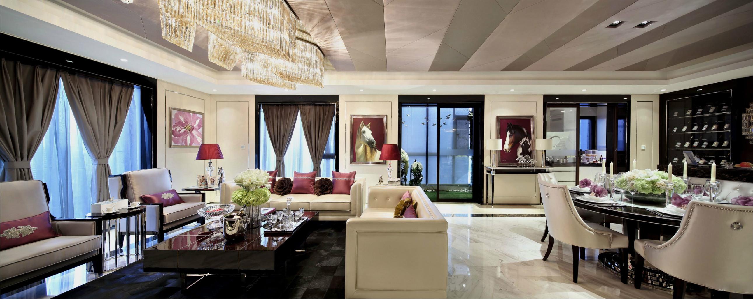 餐厅和客厅一体,中间不做隔断,整个室内空间更显通透敞亮。