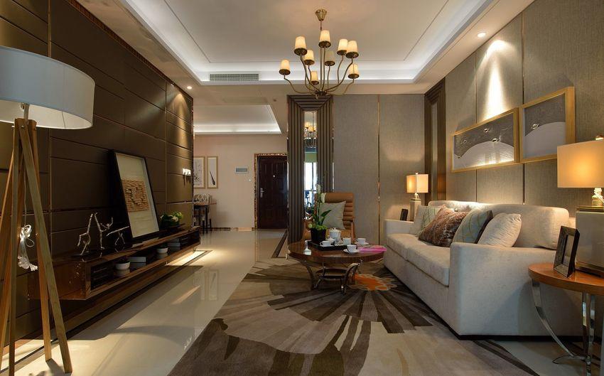 考虑到客厅面积不大,家庭成员不多,客厅三人+单人的沙发配置,足够满足日常生活需求。