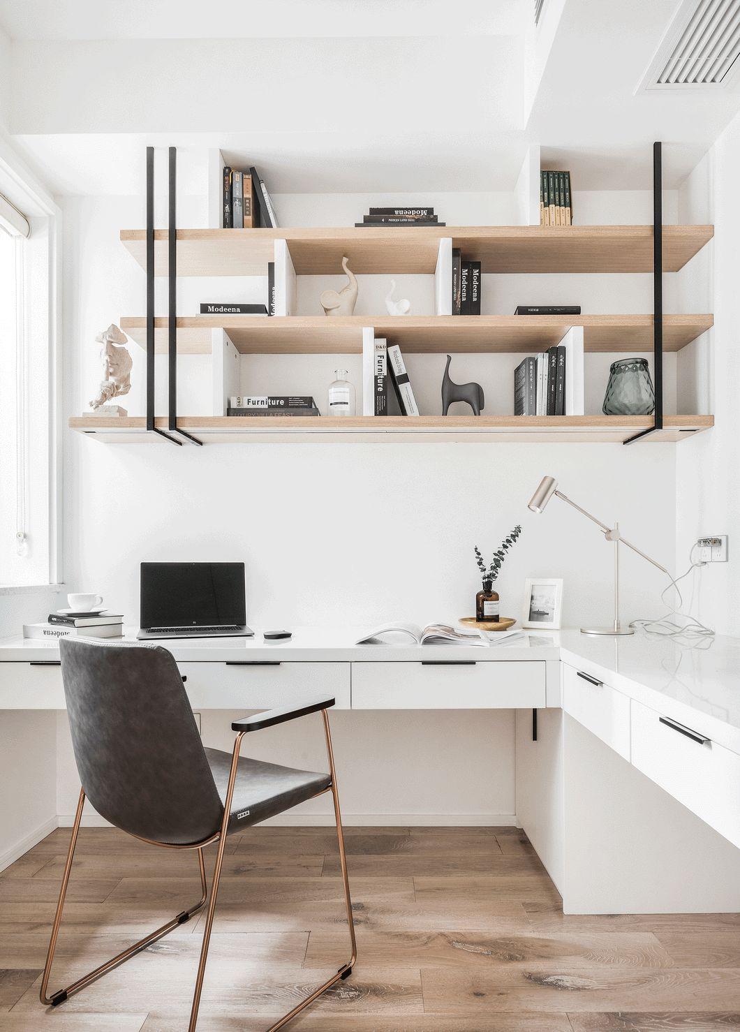 """为了满足夫妻两同时使用书桌办公的需求, 做了一个""""7字型""""加长版书桌。"""
