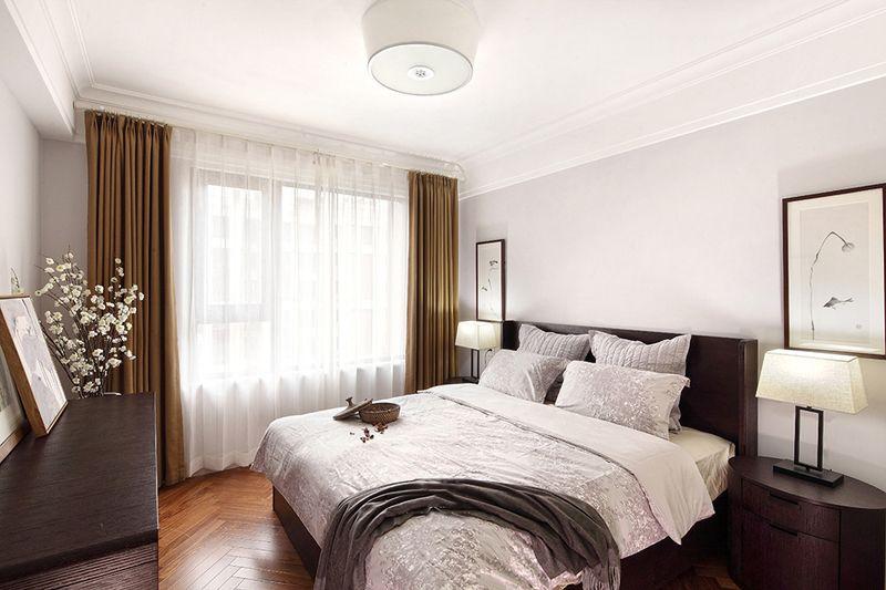卧室延续了客厅的风格,软装上采用了原木色的配置,让北欧风格随处体验。