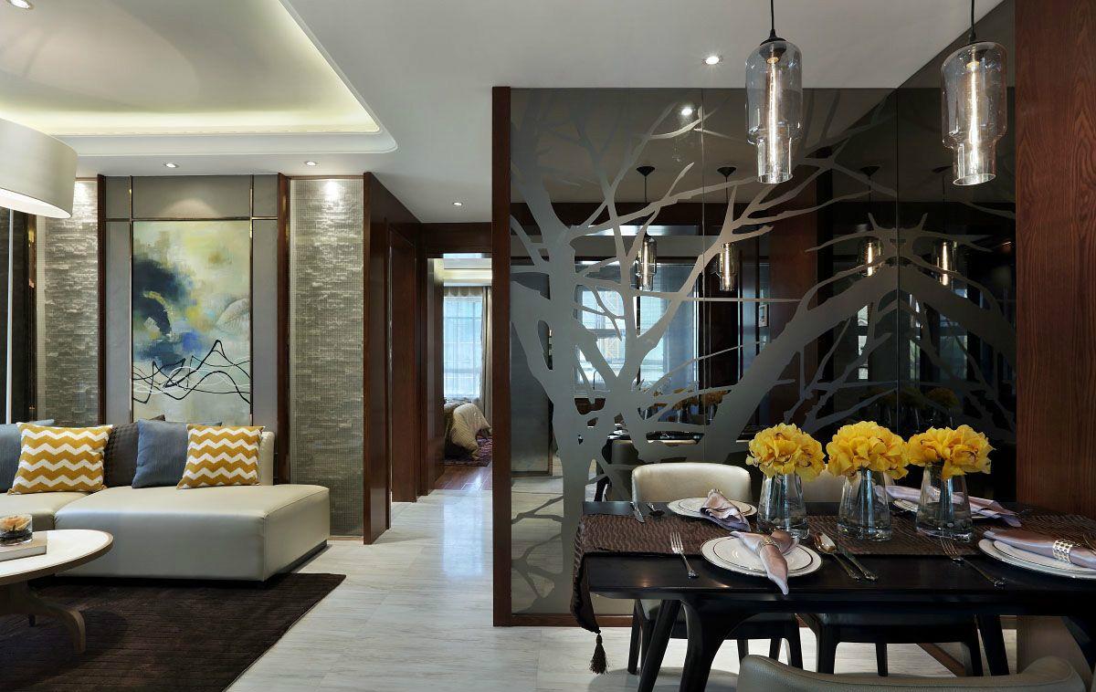 餐厅线条清晰明朗,色块之间相互对比映衬,无形中将房间的时尚感表达出。