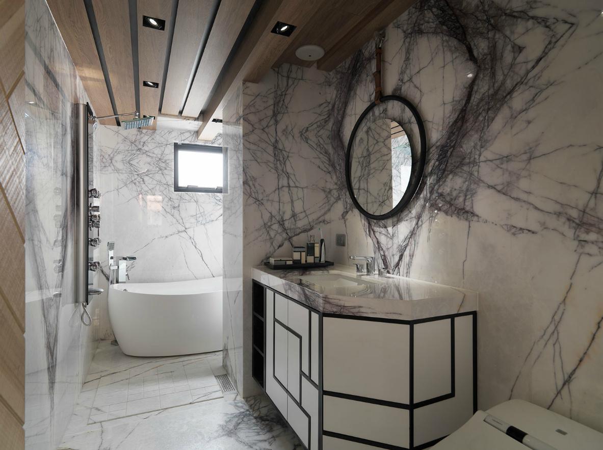 卫生间区域集合了盥洗,厕所,浴等三种功能,这个潮湿多水的地方装修是绝对不能马虎的。