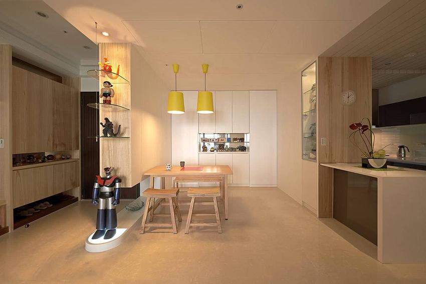 屋主自行找来亮黄色灯饰,以鲜艳色彩创造北欧餐厨的美味氛围。