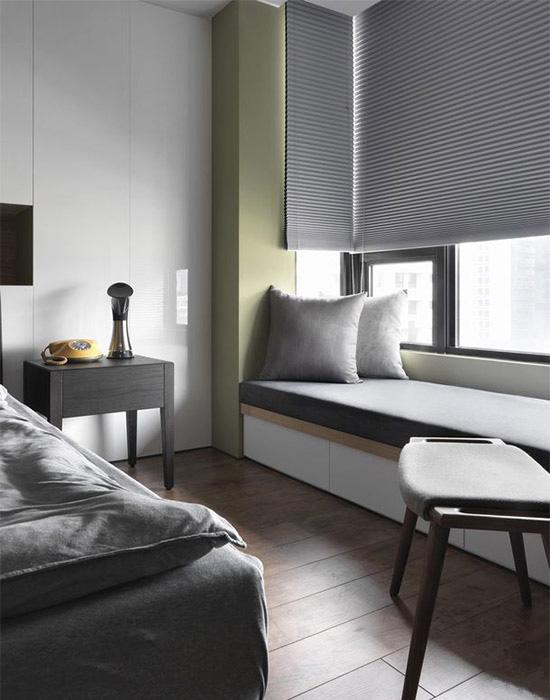 窗边卧榻,是设计师为屋主预留的幸福角落,带上一本好书,任谁都想待上一下午。