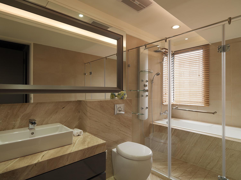 浴室的设计很是可爱,浴室的氛围被玻璃墙面烘托得风趣宜人,