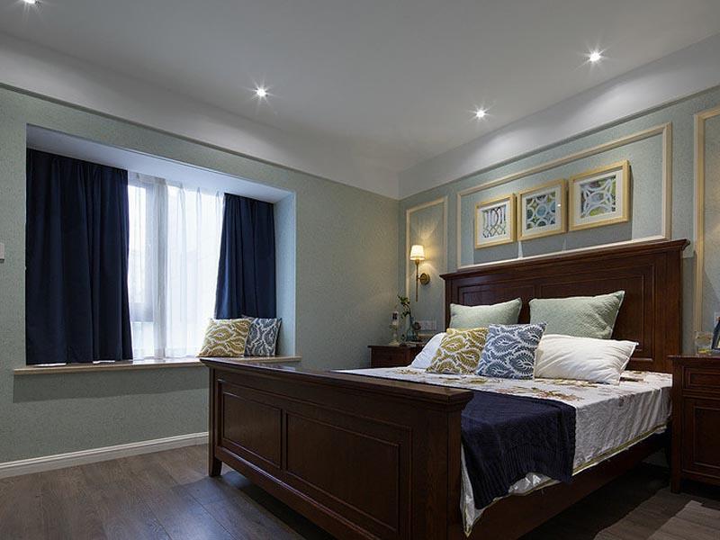 深蓝色的窗帘遮光效果强悍,周末的时候把窗帘拉上睡个天昏地暗。
