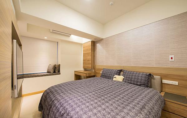 利用女儿墙高度定制卧榻,增加空间利用率。