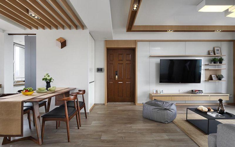 线条到颜色,甚至让人产生北欧风格的错觉,也得益于简单的摆设室内极为明亮。