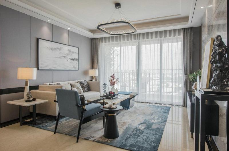 挂画等装饰元素,搭配简约利落的家具,使中式风格与现代风格相互糅合,呈现出富有禅意而不落俗套的招待空间