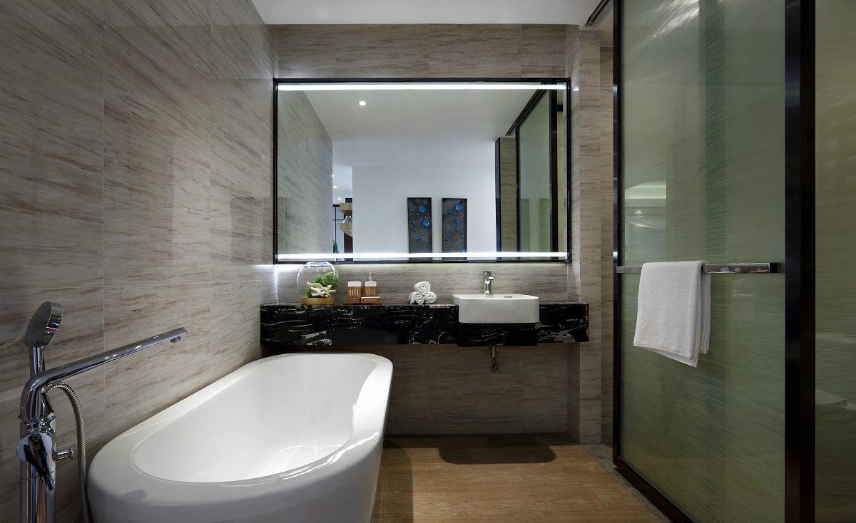 简约风格卫生间,颇有些后现代的时尚感,让空间更开阔