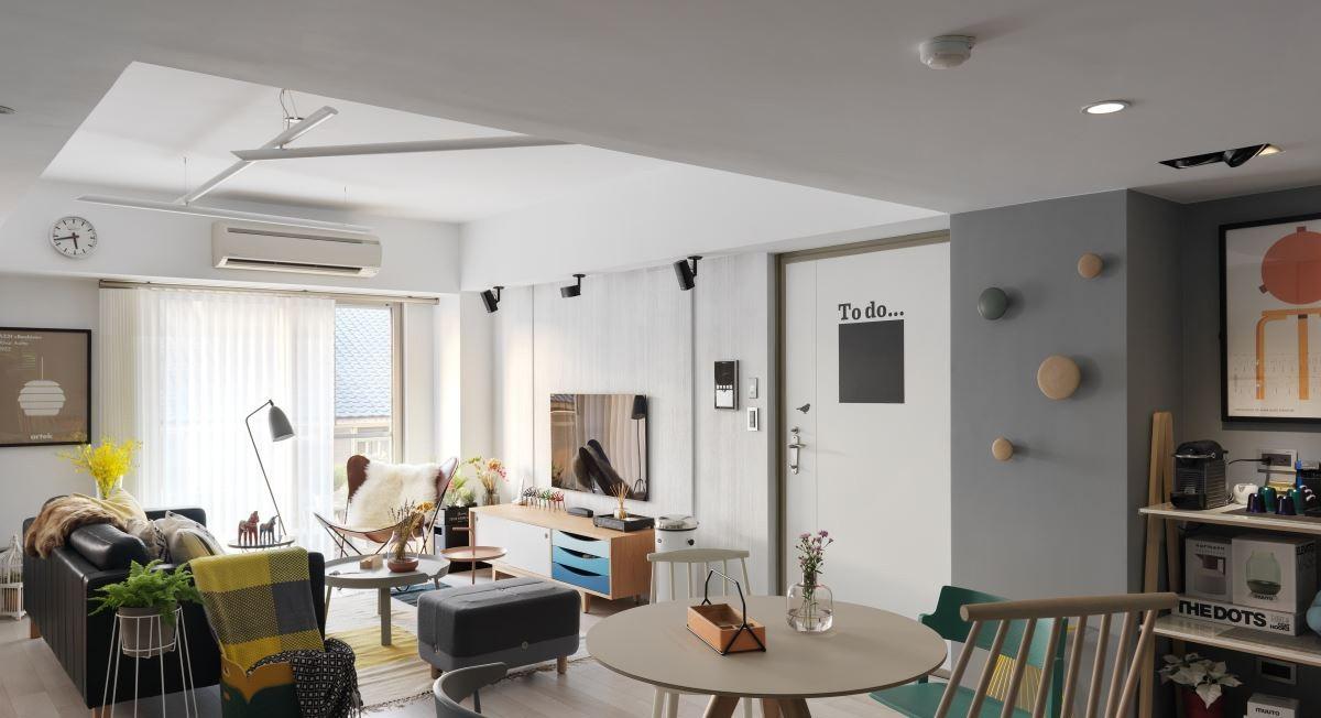客厅风格具有简洁、自然、人性化的特点。