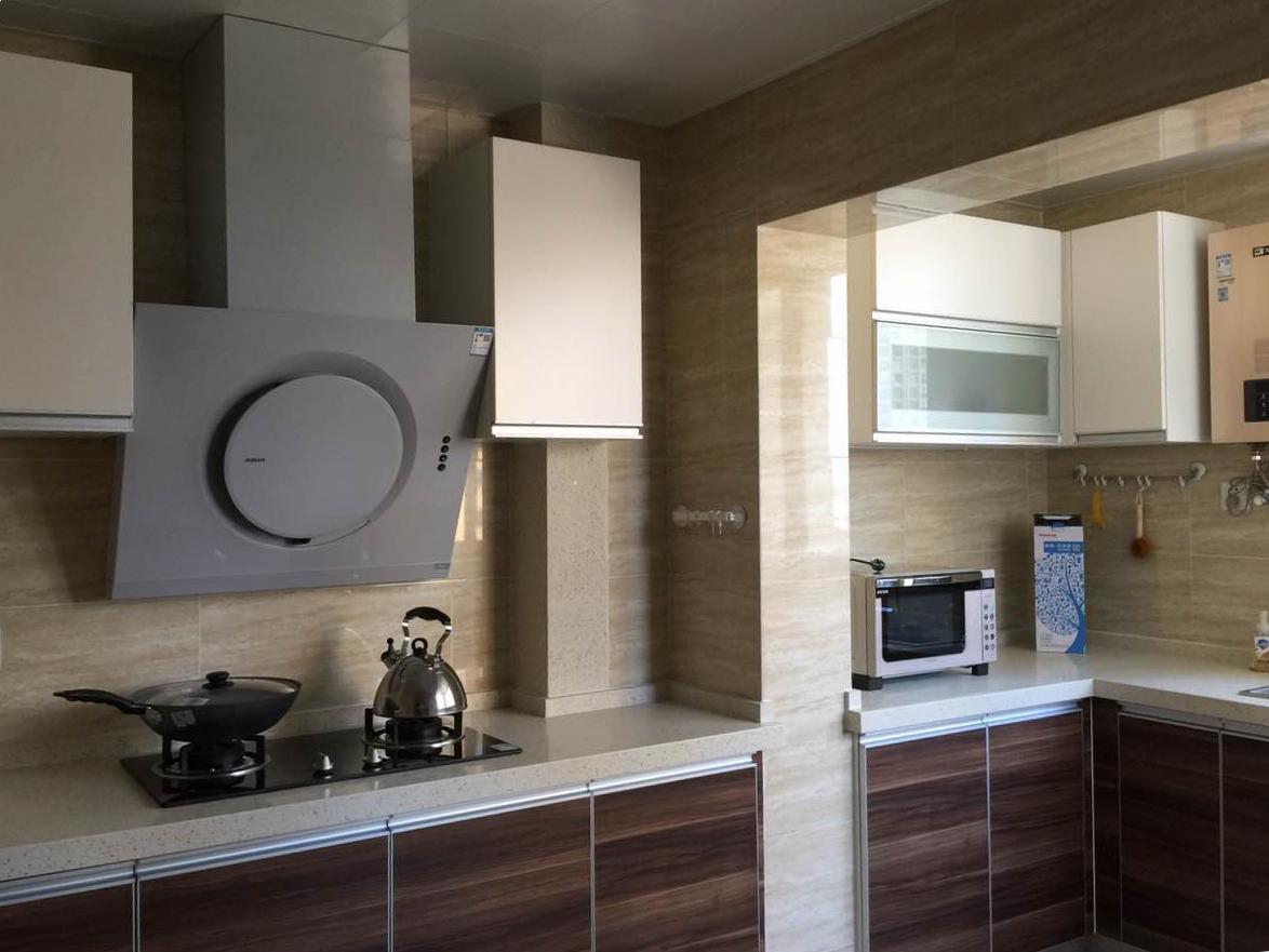 爱空间标配的厨房,与整体空间风格相融。