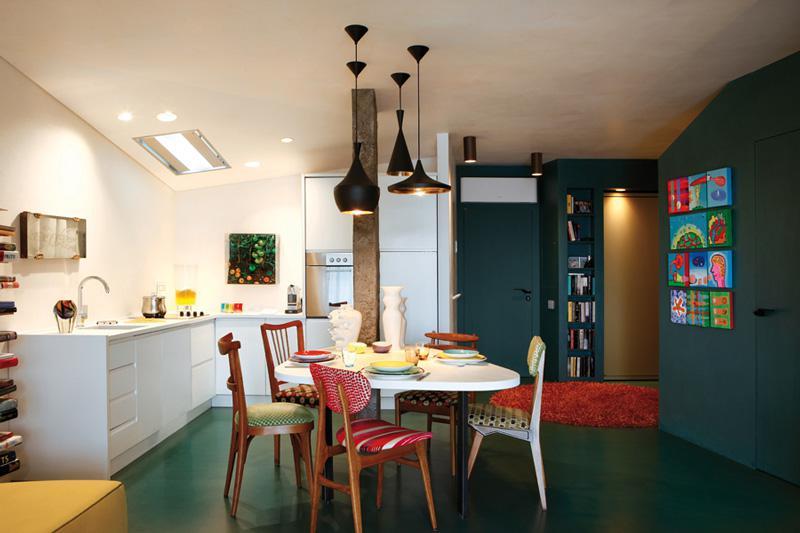 厨房简单的机会会被遗忘,倒也符合屋主日常饮食足够简单的特点。