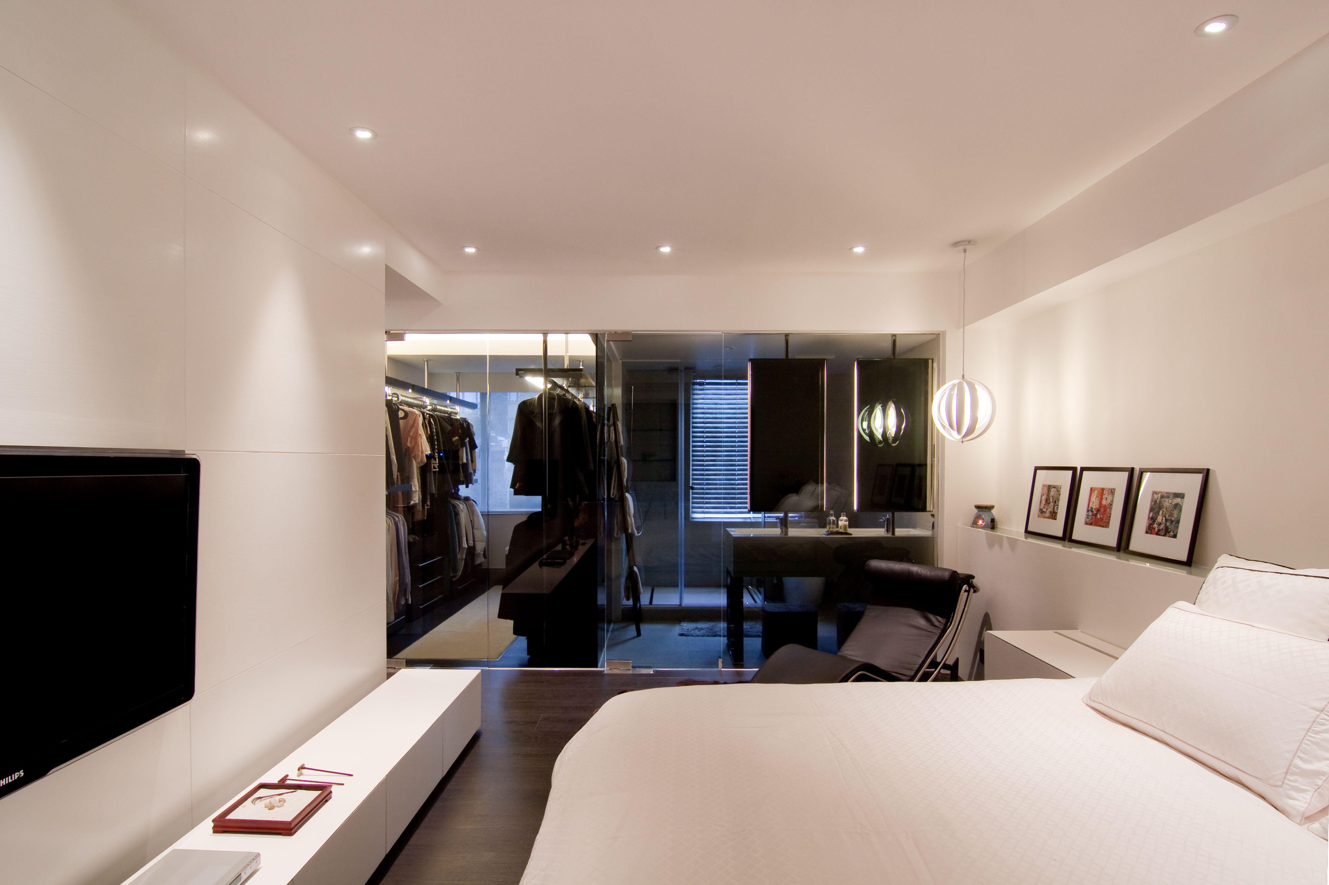这个角度可以清晰的看到衣帽间在屋内,方便业主更好的更换衣服,做好了充足的隐私空间