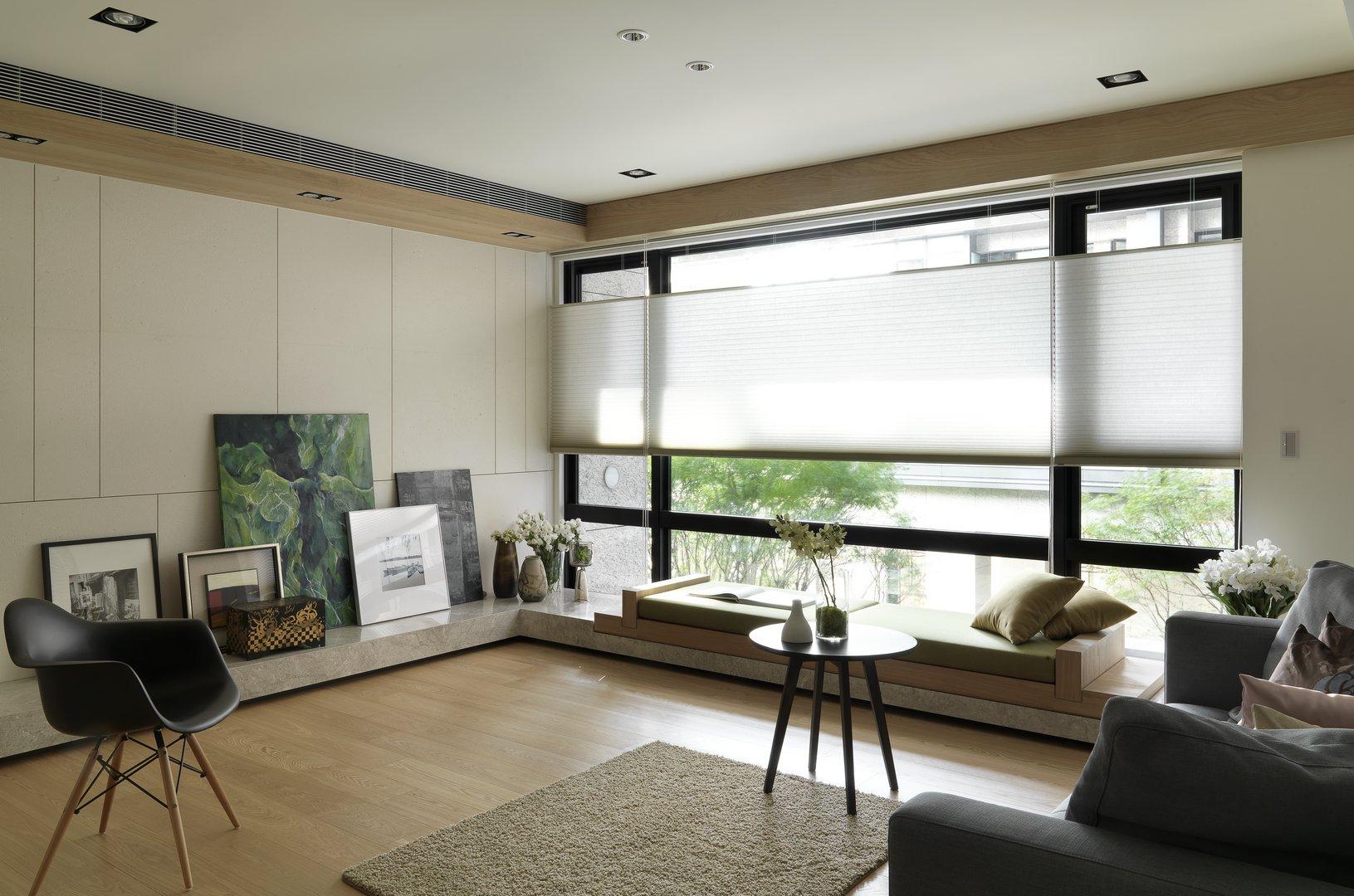 客厅简单轻松有活力的软装,感受舒适怡人的氛围。