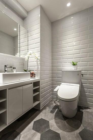 卫生间干湿分离,实用非常方便!