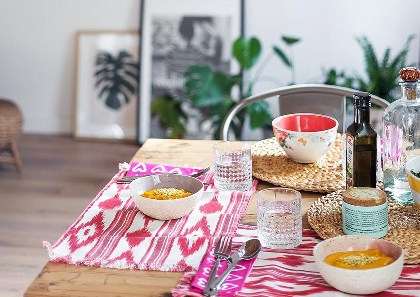 精致美妙的餐具,使得用餐也可以成为美好的享受。