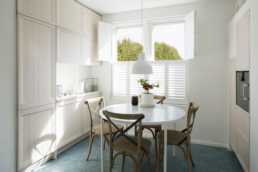 为了符合伦敦的生活模式,将公寓规划的更具现代风是首要工作之一,设计师表示,延续此概念。