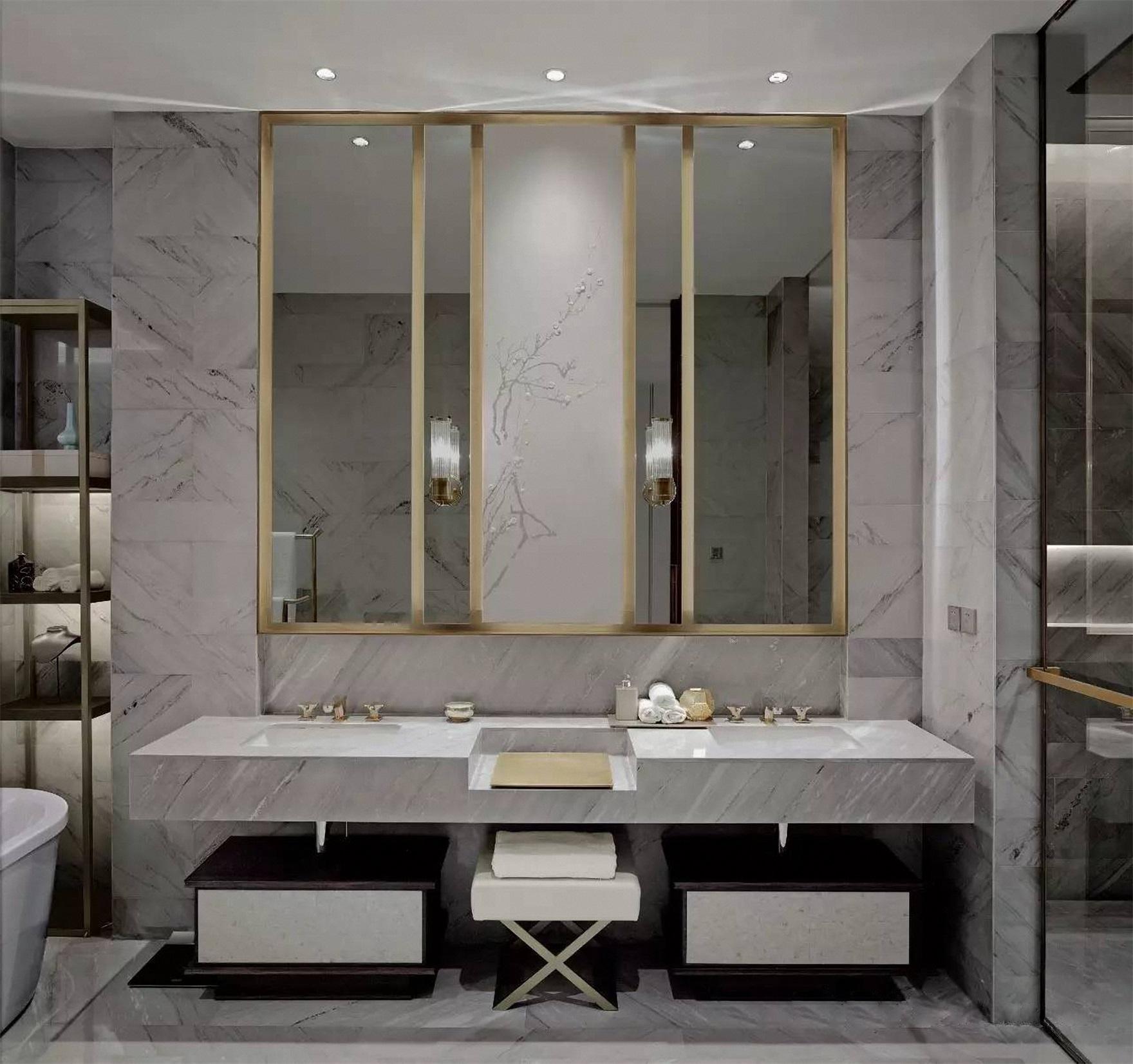 洗手台对称布局,明镜比例切割有度,中式古色古香的质感与现代风格简单素雅自然衔接。